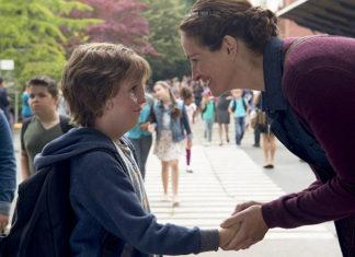 Julia Roberts e Jacob Tremblay em Extraordinário (2017)