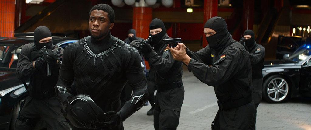 Pantera Negra em Capitão América: Guerra Civil (2016)