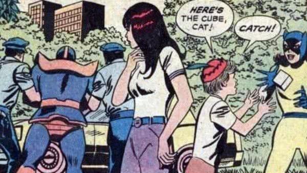 Thanos já foi levado algemado por policiais da Terra
