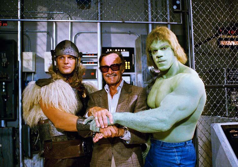 Thor, Stan Lee e Hulk em O Retorno do Incrível Hulk (1988)