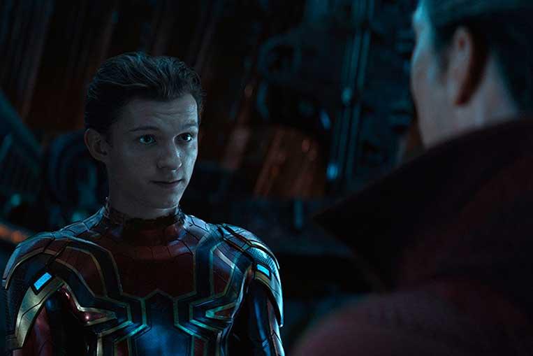 Tom Holland (Homem-Aranha) e Benedict Cumberbatch (Doutor Estranho) em Vingadores: Guerra Infinita (2018)
