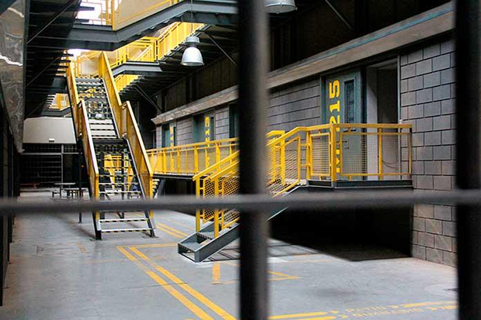 Fotos da penitenciária de Vis a Vis 03
