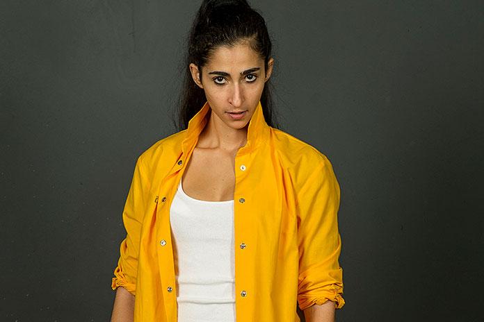 Saray personagem da série Vis a Vis