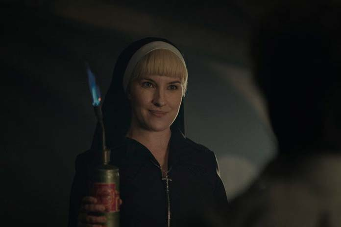 Kate Mulvany é Irmã Harriet
