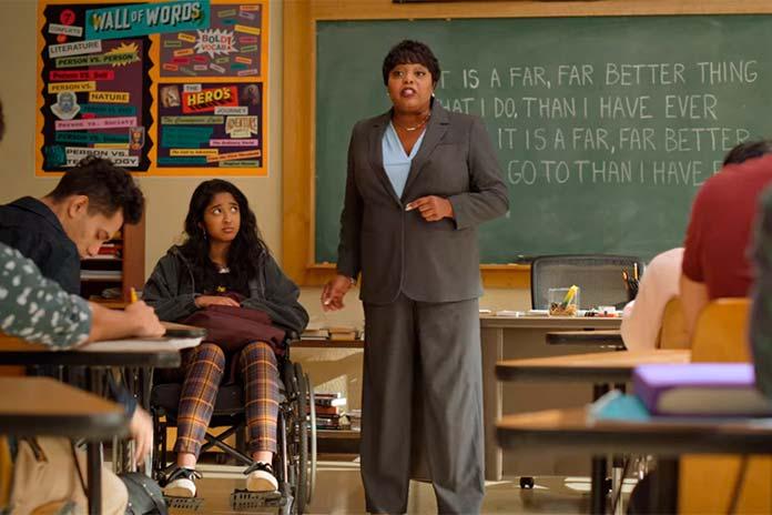 Devi de cadeira de rodas Eu Nunca (Netflix)