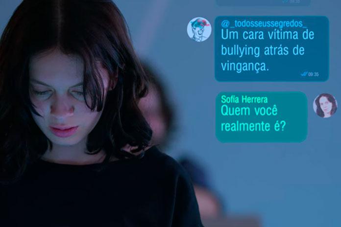 Sofía conversando com o hacker, Control Z (2020)